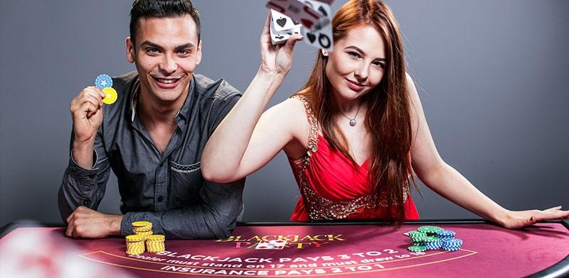 situs agen judi live casino online terbaik indonesia uang asli